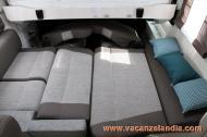 01_chausson_motorhome_6010_2017_letto_dinette.jpg